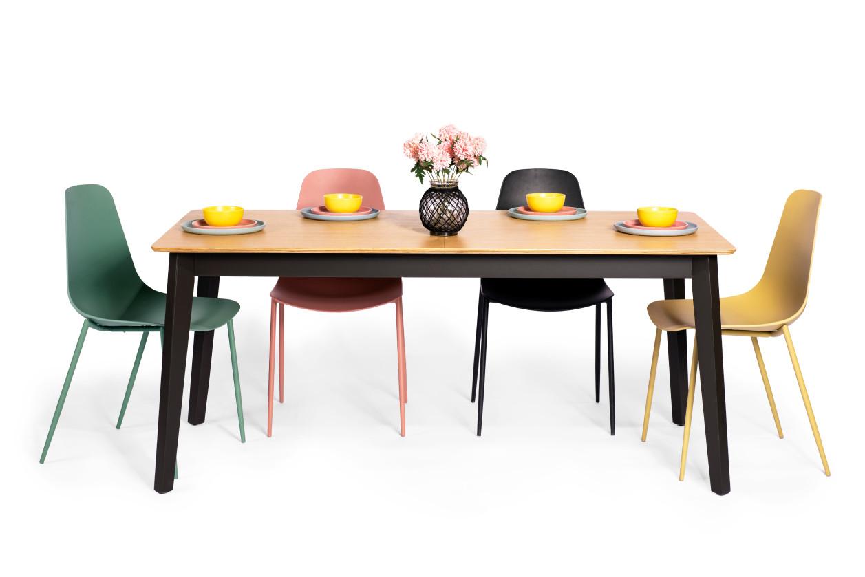 שולחן אוכל הלסינקי גרפי וכיסאות לוטוס